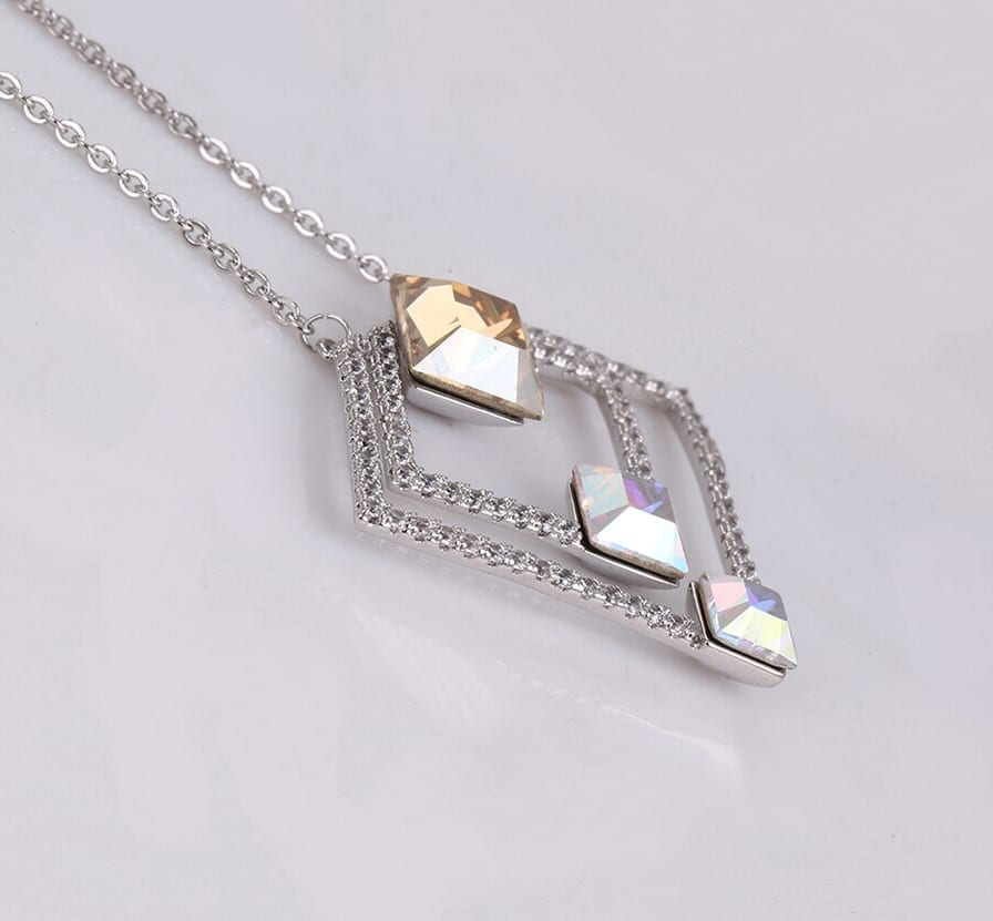Exquisite Necklaces Crystals from Swarovski Colorful Valentine's Day Women Beautifully Gift