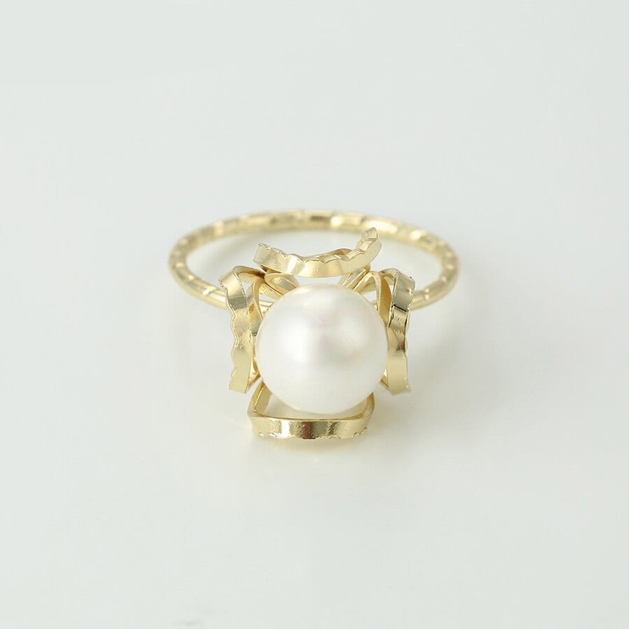 Fashion Rings For Women And Girls Imitation Pearl - Luxynor.com