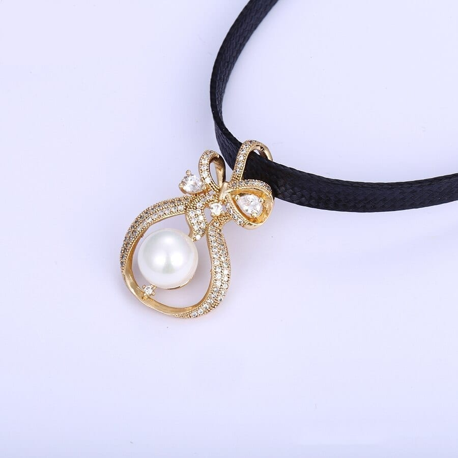Elegant Chokers Necklace Gold Color Imitation Pearl High Quality - Luxynor.com