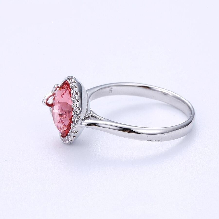 Exquisite Ring Wild Style Crystals from Swarovski - Luxynor.com
