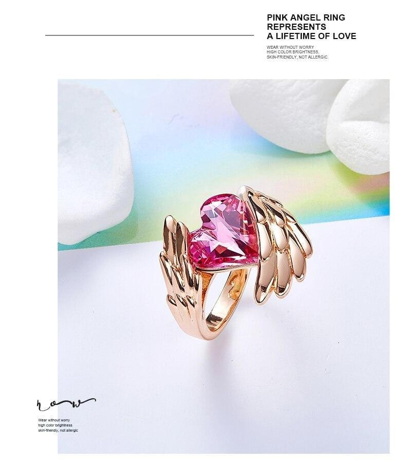 Angel Gold Wings Ring Embellished with crystals from Swarovski - Luxynor.com